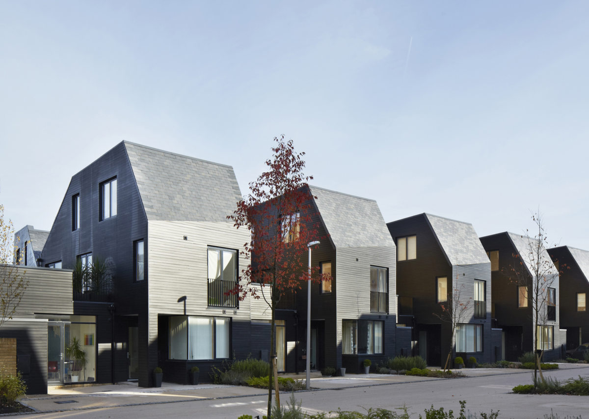 Alison Brooks Architects _ Newhall Be _ Harlow Essex _ Photo Courtyard Houses Street 3
